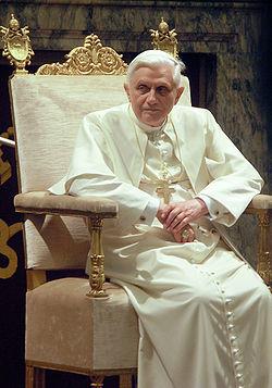 El papa Benedicto XVI quien emitió su renuncia para el 28 de febrero de 2013