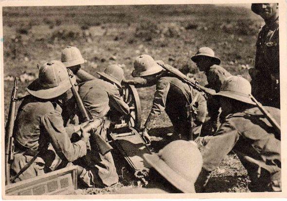 Soldados italianos en Etiopía